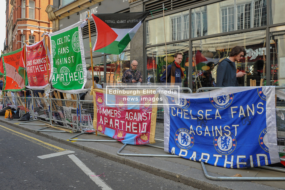 Exist! Resist! Return! Demonstrators gathered near to the Israeli Consulate in London to Rally for Palestine as part of the global day of action campaign on the anniversary of the start of weekly protests in Palestine.<br /> <br /> Richard Hancox   EEm 30032019