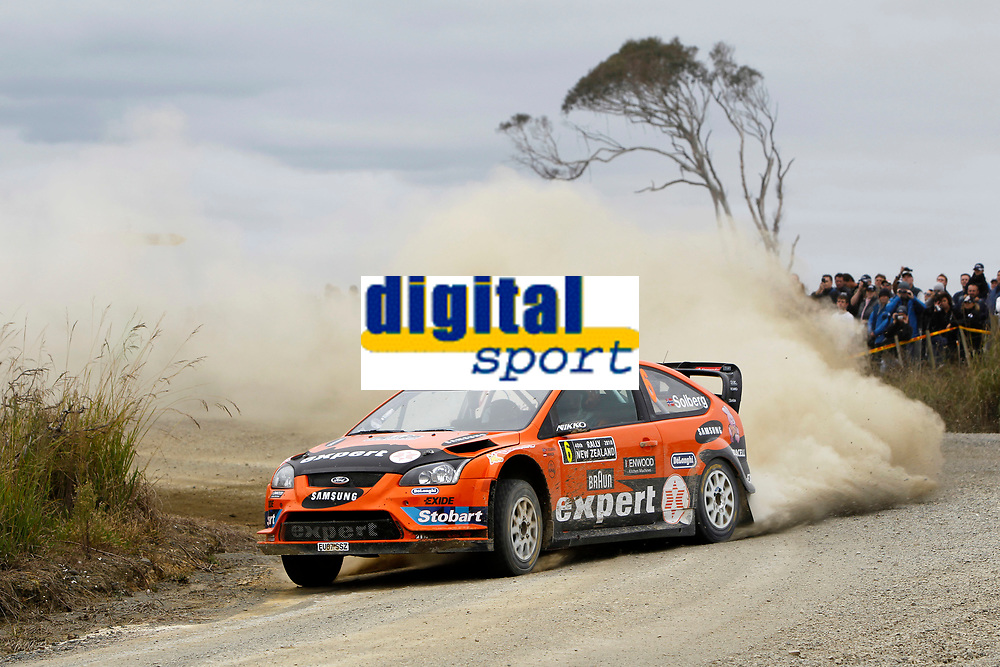 MOTORSPORT - WORLD RALLY CHAMPIONSHIP 2010 - RALLY NEW ZEALAND - AUCKLAND (NZE) - 06 TO 09/05/2010 - PHOTO : FRANCOIS BAUDIN / DPPI - <br /> HENNING SOLBERG (NOR) / ILKA MINOR (AUT) - STOBART MOTORSPORT - FORD FOCUS WRC - ACTION