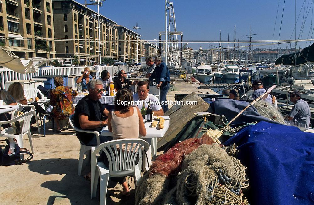 = Thuna fish party at the fishermen association on the old port  /// Thonade orgarnise par l association des pecheurs sur le vieux port, marseille +