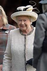 SEP 06 2014 The Queen watches the Highland Games