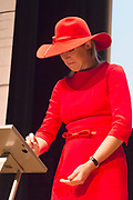 Koningin Maxima bij symposium 40 jaar Blijf van m'n Lijf in het Tropenmuseum, Amsterdam.Het symposium geeft inzicht in de geschiedenis van de vrouwenopvang en de nieuwe mogelijkheden voor de aanpak van huiselijk geweld. <br /> <br /> Queen Maxima Symposium Stay 40 years of my Body in the Tropenmuseum, Amsterdam.The symposium provides insight into the history of the women's and the new possibilities for addressing domestic violence.<br /> <br /> op de foto / On the photo:  Koningin Maxima,tijdens de lancering van de app Ican, die vrouwen na een situatie met partnergeweld helpt herstellen en bouwen aan zelfvertrouwen.<br /> <br /> Queen Maxima,during the launch of the app Ican that women after a situation of domestic violence helps repair and build self-confidence.