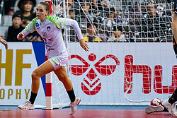 30-11-2019 JAP: Netherlands - Slovenia, Kumamoto<br /> First day 24th IHF Womenís Handball World Championship, Netherlands lost the first match against Slovenia with 26 - 32. / Nina Zabjek #9 of Slovenia