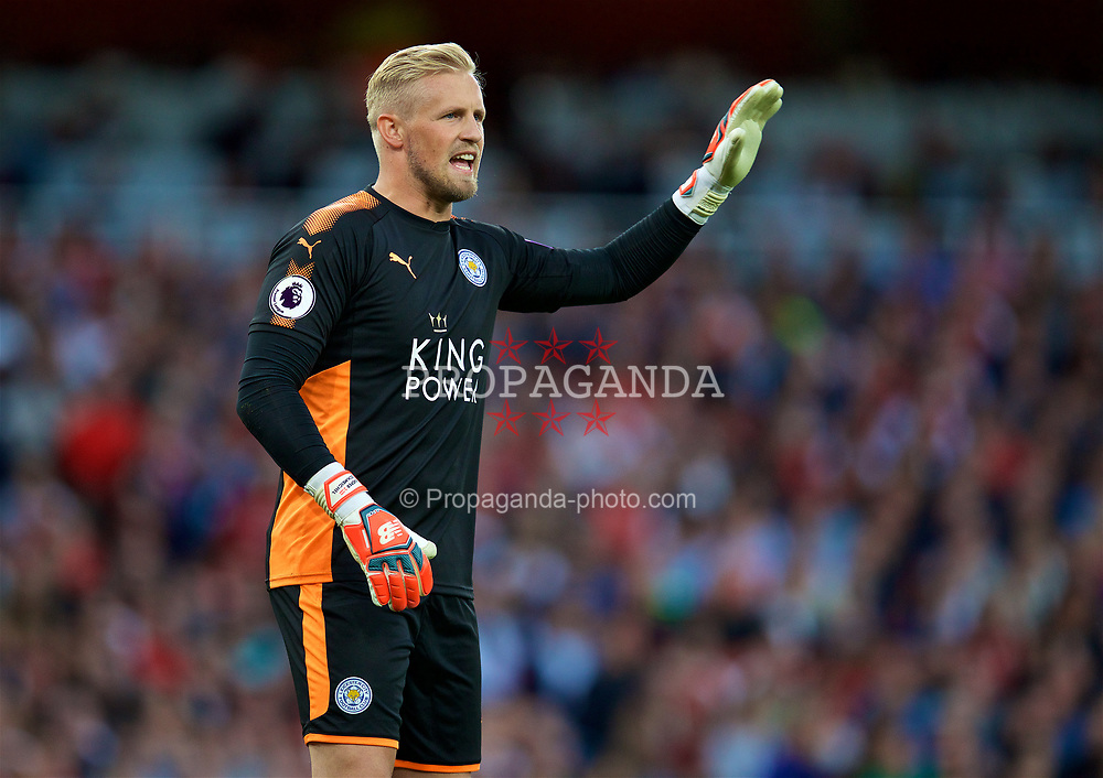 LONDON, ENGLAND - Friday, August 11, 2017: Leicester City's goalkeeper Kasper Schmeichel during the FA Premier League match between Arsenal and Leicester City at the Emirates Stadium. (Pic by David Rawcliffe/Propaganda)