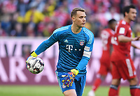 Fussball  1. Bundesliga  Saison 2018/2019  28. Spieltag  FC Bayern Muenchen - Borussia Dortmund     06.04.2019 Torwart Manuel Neuer (FC Bayern Muenchen) mit Ball ----DFL regulations prohibit any use of photographs as image sequences and/or quasi-video.----