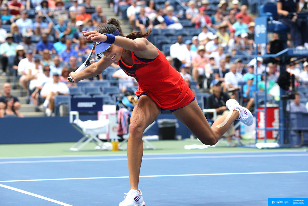 Ana Ivanovic, Serbia in action against Victoria Azarenka, Belarus, during the Women's Singles competition at the US Open. Flushing. New York, USA. 3rd September 2013. Photo Tim Clayton