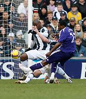 Photo: Steve Bond/Richard Lane Photography. West Bromwich Albion v Newcastle United. Barclays Premiership. 07/02/2009. Shola Ameobi shoots
