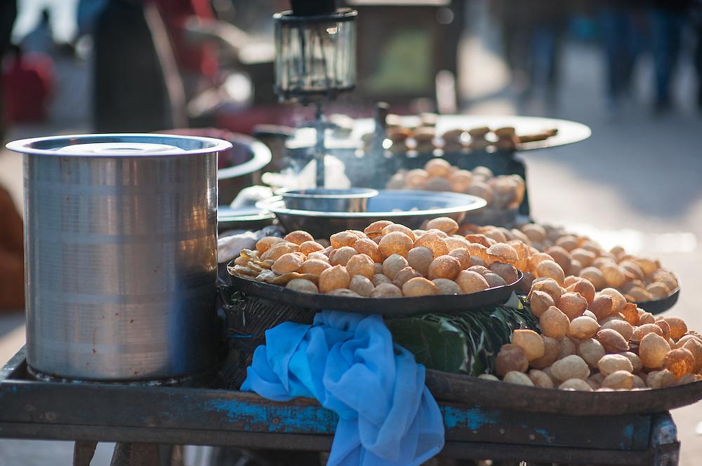 Samosa street stall (India)