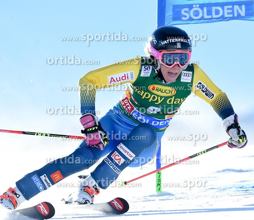 22.10.2016, Rettenbachferner, Soelden, AUT, FIS Weltcup Ski Alpin, Soelden, Riesenslalom, Damen, 1. Durchgang, im Bild Frida Hansdotter of Sweden // in action during 1st run of ladies Giant Slalom of the FIS Ski Alpine Worldcup opening at the Rettenbachferner in Soelden, Austria on 2016/10/22. EXPA Pictures © 2016, PhotoCredit: EXPA/ Erich Spiess