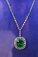 Diamond and emerald pendant, Via Rodeo (Rodeo Drive), Beverly Hills (Los Angeles), California, USA.