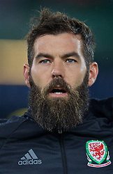 VIENNA, AUSTRIA - Thursday, October 6, 2016: Wales' Joe Ledley sings the national anthem as he lines-up before the 2018 FIFA World Cup Qualifying Group D match against Austria at the Ernst-Happel-Stadion. (Pic by David Rawcliffe/Propaganda)