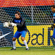 NLD/Katwijk/20100809 - Training van het Nederlands elftal, training van de keepers Piet Velthuizen en Michel Vorm