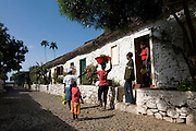 Gebäude in der Altstadt von Ciudad Velha. Cidade Velha. Santiago. Kapverden. Afrika * Buildings in picturesque old town of Ciudad Velha. Cidade Velha. Santiago. Cabo Verde. Africa.