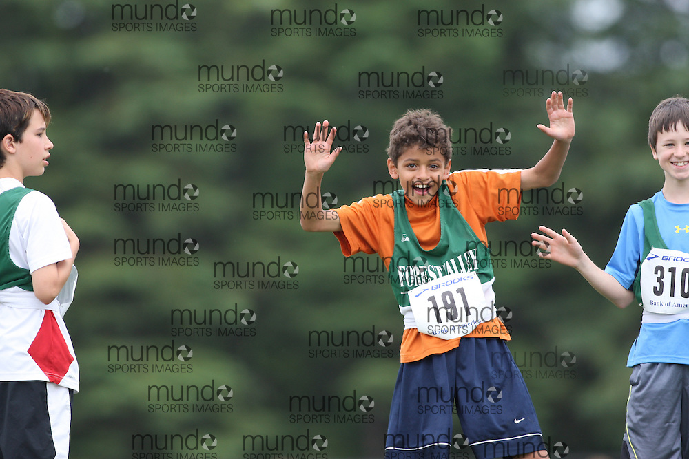 (Ottawa, Ontario---20/06/09)   Jordan Larocque competing in the faces at the 2009 Bank of America All-Champions Elementary School Track and Field Championship. www.mundosportimages.com / www.msievents.