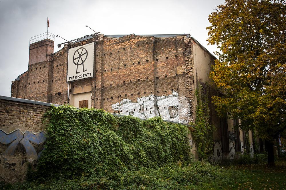 Germany - Deutschland - VOLKSBUEHNE BERLIN - Werkstatt / Thulestrasse, Prenzlauer Berg, Berlin/WORKSHOP - Head of the Workshop / FRANK MITTMANN; Berlin, 20.10.2016; © Christian Jungeblodt