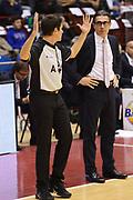DESCRIZIONE : Milano Lega A 2012-13 EA7 Emporio Armani Milano Acea Roma<br /> GIOCATORE : arbitri Sergio Scariolo<br /> CATEGORIA : curiosita mani<br /> SQUADRA : <br /> EVENTO : Campionato Lega A 2012-2013 <br /> GARA : EA7 Emporio Armani Milano Acea Roma<br /> DATA : 22/10/2012<br /> SPORT : Pallacanestro <br /> AUTORE : Agenzia Ciamillo-Castoria/GiulioCiamillo<br /> Galleria : Lega Basket A 2012-2013  <br /> Fotonotizia :  Milano Lega A 2012-13 EA7 Emporio Armani Milano Acea Roma<br /> Predefinita :