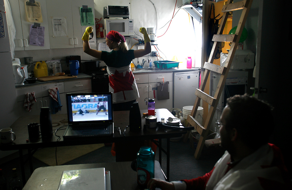 ..Ryan Kobrick -27 watching the final hockey game between Canada and the USA, throw the internet wean Melissa Battler -26 washing the dishes in ..The FMARS (Flashline Mars Arctic Research Station),..On Devon Island Canada.  Monday  June, 4, 2007.......Mars flashline Mars arctic (FMARS)....On Devon Island in the high Canadian Arctic a group of sciences from the USA & Canada is gathering for four month to search watt human being can do on mars planet...The four month mission will be the first time that a simulated Mars mission has ever been conducted for such a long duration...The crow of volunteers includes some biologist geologist and other nether scientist researches.....They chose Devon Island in Canada because it simulated the acclaim on the planet Mars, for getting the filling of being on Mars and to challenge the research and to make it close as they can to the conditions on the planet they wear spies suit and live isolated in the laboratory for four month...The man person that ran the project is Dr Robert Zabrin that believe that this project can lied to find ways to search for life on Mars and maybe to fined a way that human being will be able to live on the planet.....This project is privet projects that cooperate with several universities around the world.....