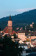 Deutschland, Germany,Baden-Wuerttemberg.Schwarzwald.Blick auf Baden-Baden mit Stiftskirche.Black Forest, view on Baden-Baden...