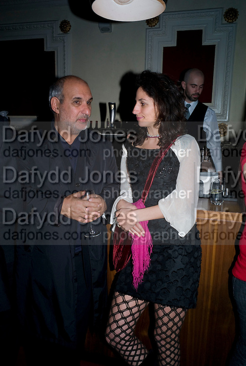 ALAN YENTOB;  JASMINE DELLAL, David Tang and Nick Broomfield host  a reception and screening of Ghosts. On the Fifth anniversary of the Morecambe Bay Tragedy to  benefit the Morecambe Bay Children's Fund. The Electric Cinema. Portobello Rd. London W11. 5 February 2009 *** Local Caption *** -DO NOT ARCHIVE -Copyright Photograph by Dafydd Jones. 248 Clapham Rd. London SW9 0PZ. Tel 0207 820 0771. www.dafjones.com<br /> ALAN YENTOB;  JASMINE DELLAL, David Tang and Nick Broomfield host  a reception and screening of Ghosts. On the Fifth anniversary of the Morecambe Bay Tragedy to  benefit the Morecambe Bay Children's Fund. The Electric Cinema. Portobello Rd. London W11. 5 February 2009