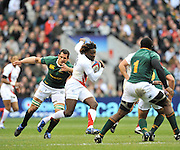Twickenham, GREAT BRITAIN,  Paul SACKEY, attacking, during the Investec Challenge Series, England vs South Africa  [RSA], Autumn Rugby International at Twickenham Stadium, Surrey on Sat 22.11.2008 [Photo, Peter Spurrier/Intersport-images]