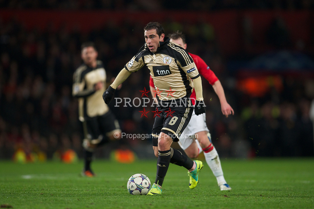 MANCHESTER, ENGLAND - Tuesday, November 22, 2011: SL Benfica's Bruno Cesar in action against Manchester United during the UEFA Champions League Group C match at Old Trafford. (Pic by David Rawcliffe/Propaganda)