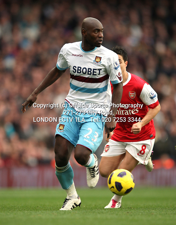 30/10/2010 Premier League football. Arsenal v West Ham United.<br /> Herita Illunga.<br /> Photo: Mark Leech.