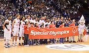 DESCRIZIONE : Milano Eurolega 2013/14 EA7 Olimpia Milano Efes Istanbul<br /> GIOCATORE : team milano<br /> CATEGORIA : fair play<br /> SQUADRA : EA7 Olimpia MIlano<br /> EVENTO : Eurolega 2013/14<br /> GARA : EA7 Olimpia Milano Efes Istanbul<br /> DATA : 22/11/2013<br /> SPORT : Pallacanestro <br /> AUTORE : Agenzia Ciamillo-Castoria/R.Morgano<br /> Galleria : Eurolega 2013-2014  <br /> Fotonotizia : Milano Eurolega 2013/14 EA7 Olimpia Milano Efes Istanbul <br /> Predefinita :