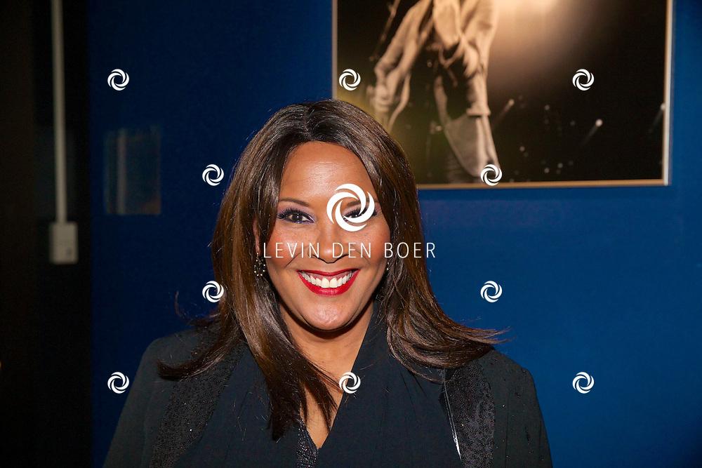 HILVERSUM - Een besloten feest van BUMA AWARDS 2014 in Studio 21 op het Mediapark. Met op de zwarte loper Ingrid Simons de mMoeder van Eva Simons. FOTO LEVIN DEN BOER - PERSFOTO.NU