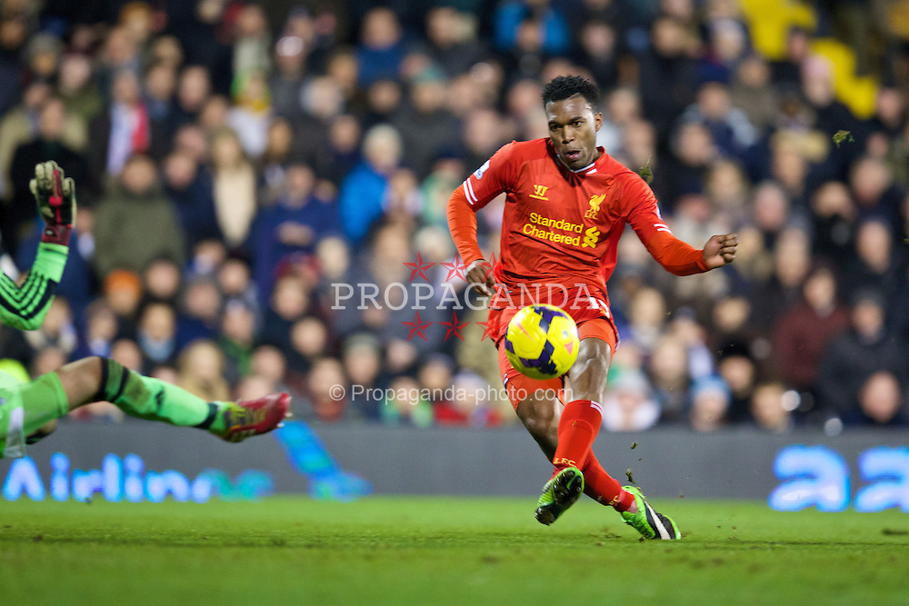 LONDON, ENGLAND - Wednesday, February 12, 2014: Liverpool's Daniel Sturridge scores the first goal against Fulham during the Premiership match at Craven Cottage. (Pic by David Rawcliffe/Propaganda)