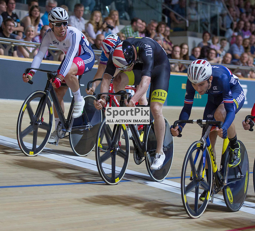 Mark Cavendish watches Ed Clancy and other competitors during the Men's Omnium Elimination Race, at the Revoultion Series 2015/6 Round 1 Derby, Day 2, on 15 August 2015 ( (Photo by Mike Poole - Photopoole)