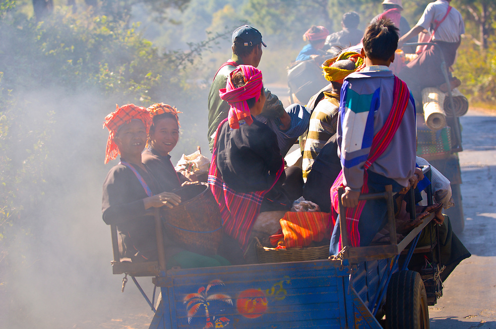 Pao tribe people on their way to the market in Aung Bann, Shan State, Myanmar (Burma)