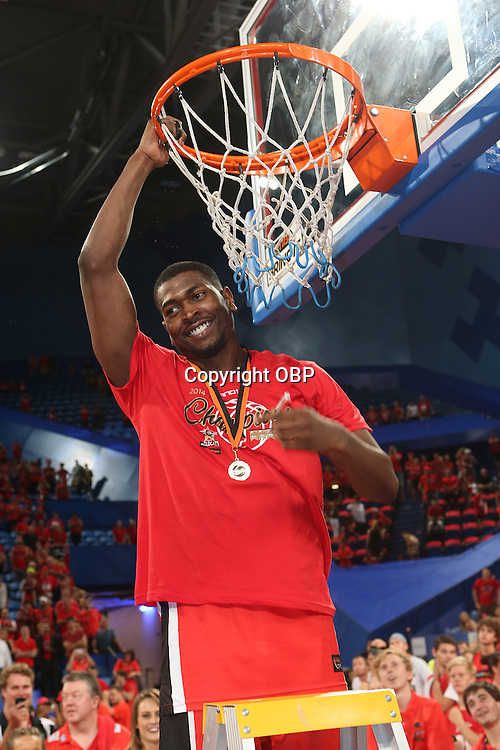 Wildcats Jermaine Beal cut down the net post match. Perth Wildcats Vs Adelaide 36ers, NBL Basketball, Perth Arena, PERTH, Western Australia. Sunday, 13 April, 2014. Photo: Travis Hayto / photosport.co.nz