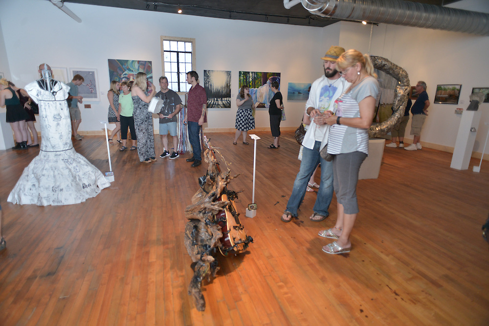 Ro3 (Rule of Thirds) gallery during opening weekend of Akron Art Prize 2015