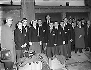 Olympic Games - Irish Team Leaves for Melbourne.10/11/1956..1956 Ronnie Delany won the 1500m in the Melbourne Olympic Games.<br />