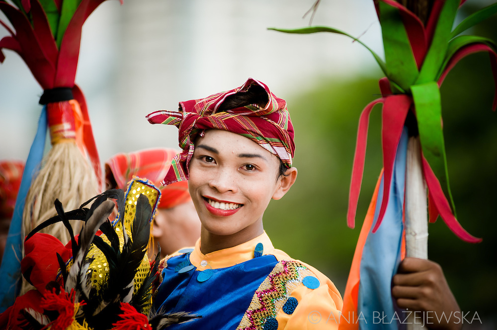Aliwan Fiesta is the annual &quot;mother of festivals&quot; in the Philippines, which is usually organized in mid-April in Manila. In this incredibly colourful event take part champions - the best contingents of the best Filipino festivals, fabulous not only on the scene, but also in the backstage, where it's possible to admire their extraordinary outfits.<br /> Tribu Panayanon, the winner of Dinagyang festival in Iloilo (for their photos check my Dinagyang gallery) was also the champion of the Aliwan Fiesta.