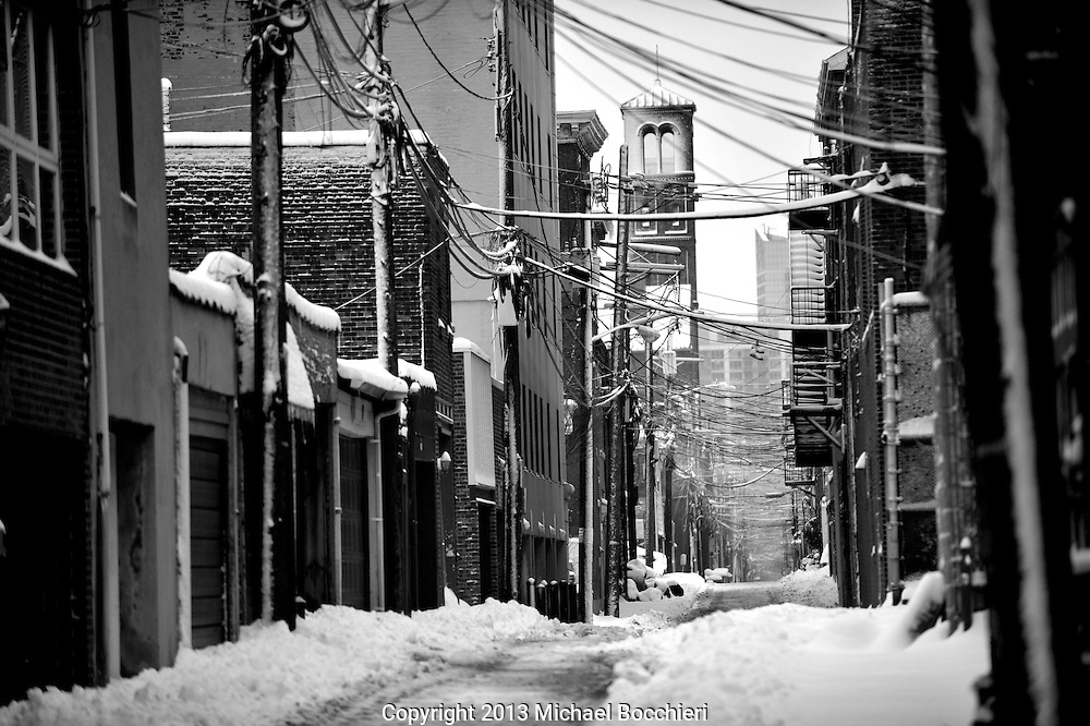 HOBOKEN, NJ - FEBRUARY 09:  General view following a major winter storm on February 9, 2013 in Hoboken, New Jersey. Much of the Northeast received a foot or more of snow through Saturday morning with possible record-setting blizzard conditions expected. Heavy snow warnings are in effect from New Jersey through southern Maine. (Photo by Michael Bocchieri/Bocchieri Archive)