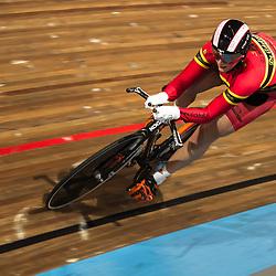 Elis Ligtlee wordt in Apeldoorn Nederlands Kampioene op de 500 meter bij de vrouwen