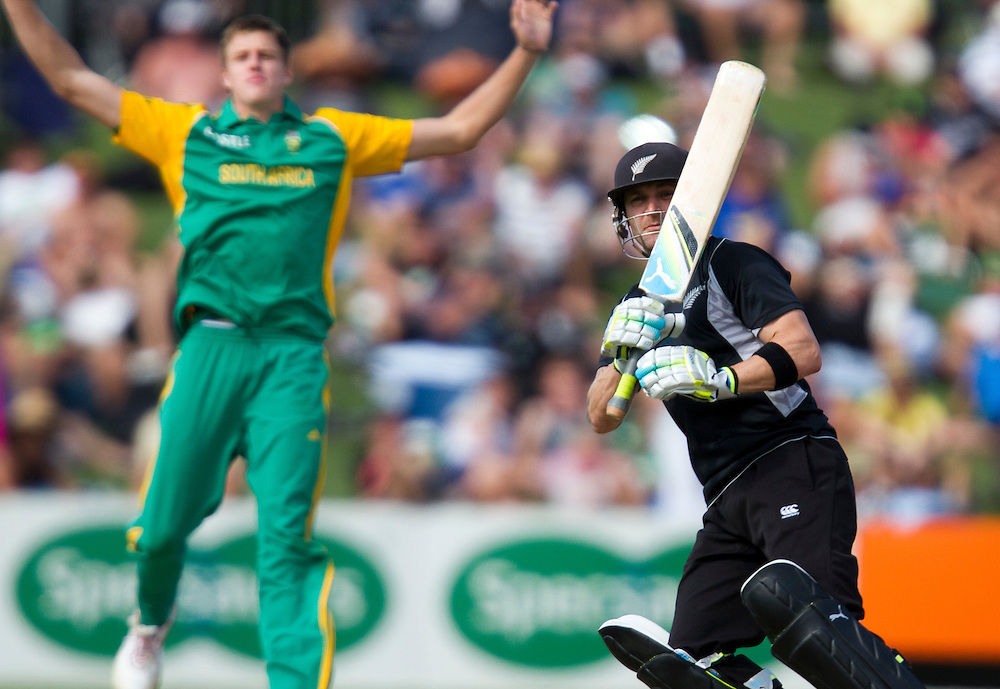 New Zealand's Brendon McCallum watches his shot as Morne Morkel reacts to a miss field in the one day international between New Zealand and South Africa, McLean Park, Napier, New Zealand, Wednesday Febuary 29, 2012.  Credit: SNPA / Bethelle McFedries