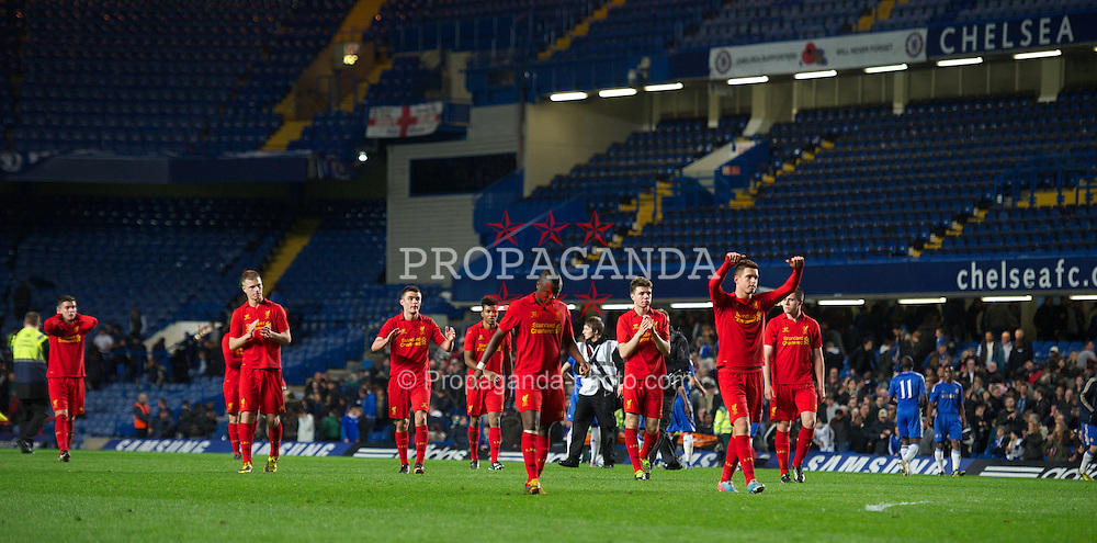 LONDON, ENGLAND - Friday, April 19, 2013: Liverpool's players applaud the travelling supporters after losing 2-1 (4-1 on aggregate) to Chelsea during the FA Youth Cup Semi-Final 2nd Leg match at Stamford Bridge. (Pic by David Rawcliffe/Propaganda)