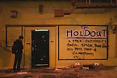Oakutron 201X - The Holdout