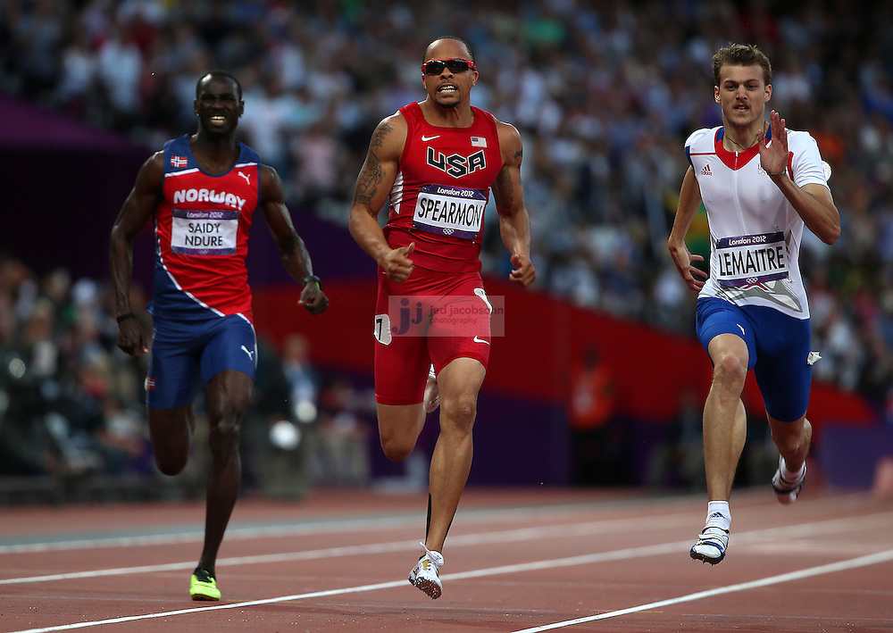 Wallace Spearmon of the USA runs in a semi-final of the men's 200m during track and field at the Olympic Stadium during day 12 of the London Olympic Games in London, England, United Kingdom on August 8, 2012..(Jed Jacobsohn/for The New York Times)..