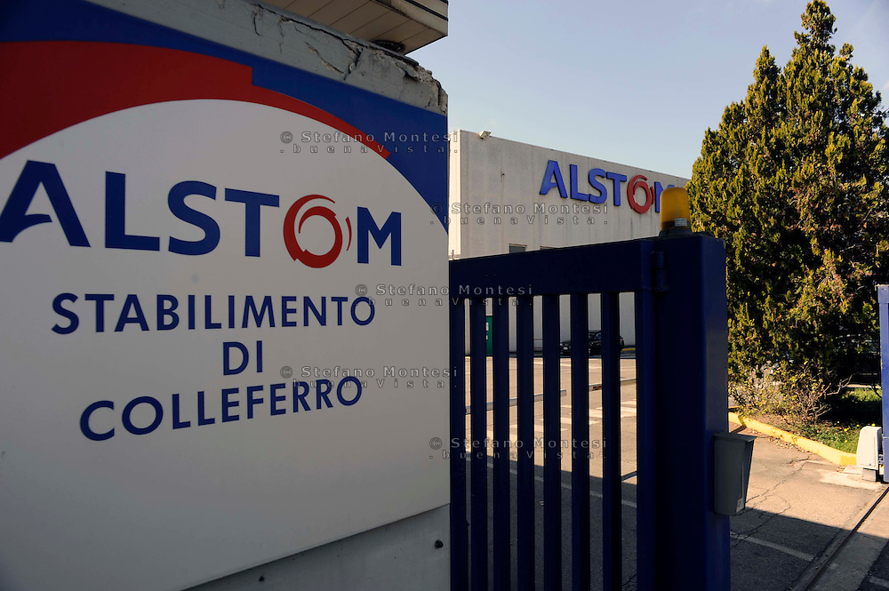 Colleferro.L'ingresso della fabbrica Alstom  gruppo industriale francese di costruzioni meccaniche settore l'ingegneria ferroviaria..Alstom  is a large French multinational conglomerate which holds interests in the power generation and transport markets.