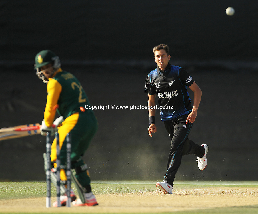 Trent Boult of New Zealand bowling JP Duminy during the ICC Cricket World Cup warm up game between New Zealand v South Africa at Hagley Oval, Christchurch. 11 February 2015 Photo: Joseph Johnson / www.photosport.co.nz