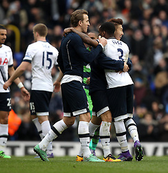 Danny Rose of Tottenham Hotspur celebrates the victory over Swansea City with Heung-Min Son and Harry Kane - Mandatory byline: Robbie Stephenson/JMP - 28/02/2016 - FOOTBALL - White Hart Lane - Tottenham, England - Tottenham Hotspur v Swansea City - Barclays Premier League