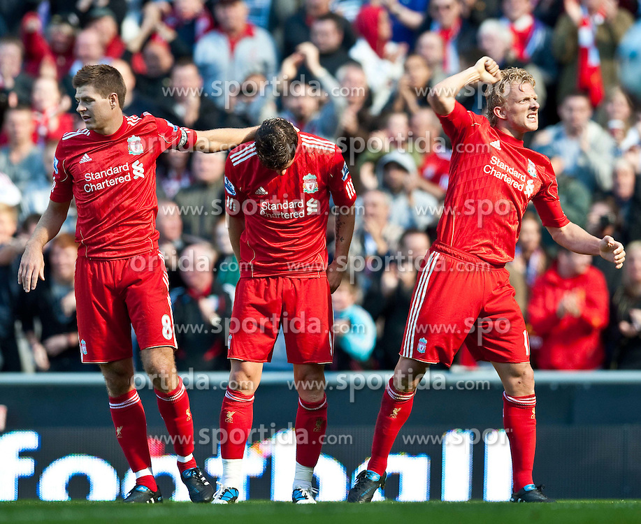 29.08.2010, Anfield, Liverpool, ENG, PL, Liverpool FC vs West Bromwich Albion?, im Bild Liverpool's Fernando Torres celebrates with team-mate Dirk Kuyt and captain Steven Gerrard MBE after scoring the opening goal against West Bromwich Albion during the Premiership match at Anfield, EXPA Pictures © 2010, PhotoCredit: EXPA/ Propaganda/ D. Rawcliffe *** ATTENTION *** UK OUT! / SPORTIDA PHOTO AGENCY