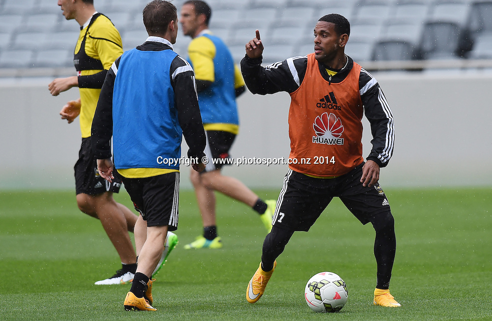 Kenny Cunningham. A-League Football. Wellington Phoenix training session at Eden Park, Friday 12 December 2014. Photo: Andrew Cornaga/photosport.co.nz