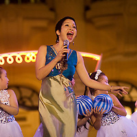 My Linh sings at the opera house in hanoi on earth hour day