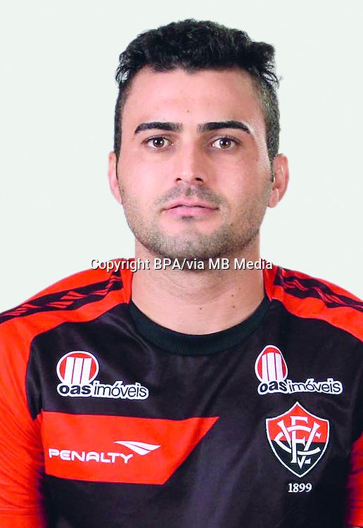 "Ismael Soares Bastos Neto "" NETO CORUJA ""  ( Esporte Clube Vitória )"