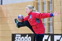 16.03.2017, Josef Welser Sporthalle Tulln, Tulln an der Donau, AUT, Handball Testspiel, Österreich vs Tschechische Republik, im Bild Mirela Blazek (AUT) // during a women' s international friendly handball match between Austria and Czech Republic at the Josef Welser Sporthalle Tulln, Tulln an der Donau, Austria on 2017/03/16, EXPA Pictures © 2017, PhotoCredit: EXPA/ Sebastian Pucher