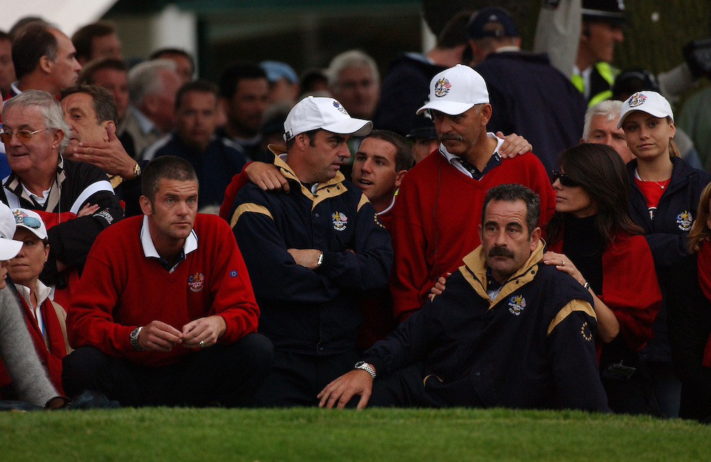 Sutton Coldfield, UK..2002 Ryder Cup..09/26/02, Friday  Afternoon Foursomes Matches..Photograph