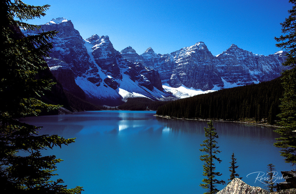 Moraine Lake and the Valley of the Ten Peaks in the Canadian Rockies, Banff National Park, Alberta, Canada.